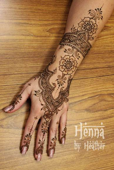 henna suplies free henna how to instructions and more from artistic adorment. Black Bedroom Furniture Sets. Home Design Ideas